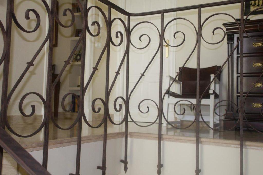 escaleras y barandas de forja